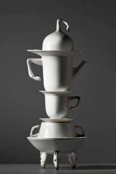 Lladro Tea set    All the items are available online      http://www.bodosperlein.com/ceramics    #Tableware #Porcelain #TablewareDesign #Tea #TeaTime #BodoSperlein #Design #Cups #Lladro #DesignForLife #Horses #Coffee #CoffeeBreak #StylishTable #White