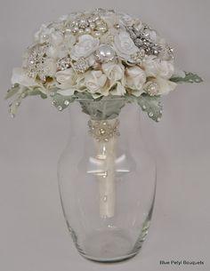 Couture Flower Brooch Bouquet #wedding #bouquet