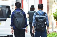 Photo by Tommy Ton. Street Style Boy, Sweet Style, My Style, Fashion Models, Mens Fashion, Tommy Ton, Minimalist Wardrobe, Cool Backpacks, Men S Shoes