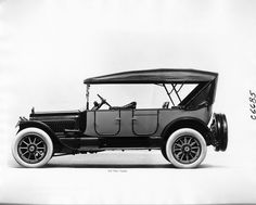 1917 Packard two-toned touring car