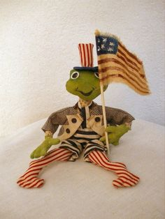 Primitive  Patriotic Americana Folk Art   Frog  by Skunkhollow, $9.00