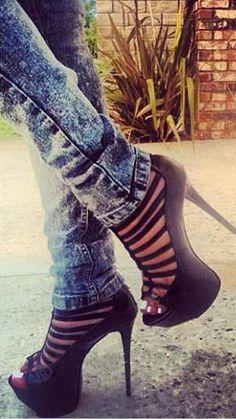 Love these heels ;)
