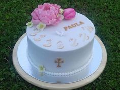 Torta na birmovku s pivonkou torta, Autorka: janulienka, Tortyodmamy.sk Cake, Desserts, Food, Tailgate Desserts, Deserts, Kuchen, Essen, Postres, Meals