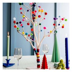 A modern alternative to the traditional Christmas tree, our Pom Pom Christmas Tree is available with a choice of Neutral or Bright poms poms.A fun, modern alternative to the traditional Christmas tree, perfect for anyone who doesn't have the room ...