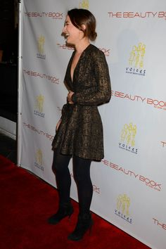 zelda-williams-at-the-beauty-book-for-brain-cancer-edition2-launch-party-in-los-angeles-12-03-2015_2.jpg (1200×1801)
