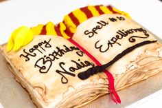 How to make a Harry Potter Open Spell Book Birthday Cake - So this is what I did yesterday morning! I work with a beautiful young lady called Nadia and a few months ago she asked me to make her a 'Snitch' cake for her birthday. I was totally confused and looked at her quite blankly until she explained it's a little flying ball from Harry Potter …