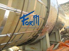 Nem ve yoğuşma, silo ve tank içindeki malzemenin bozulması ve yapışmasına neden olurken, baca gazları açısından da çeşitli sorunlar yaratmaktadır. Bu sorunları önlemek için tank yüzeylerinde ısıtma yapılır. http://formmuhendislik.com/portfolio/silo-ve-tank-isitma/