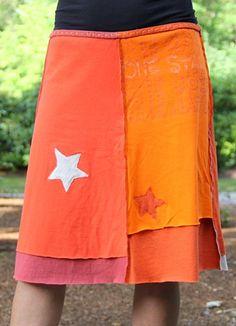 One Star: super idée, jupe faite à partir de vieux t-shirts recyclés. Original!