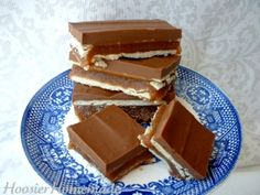 no bake - diy twix bars via hoosier handmade -  mmmm!