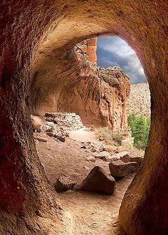 ✯ Kiva Cave - New Mexico
