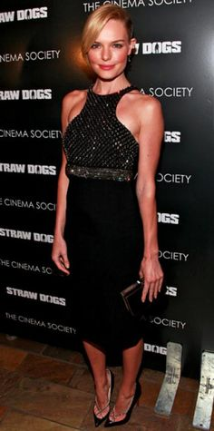 Look of the Day › September 16, 2011 WHAT SHE WORE Bosworth attended the Cinema Society premiere of Straw Dogs in a formfitting beaded dress and matching pointy-toe pumps.