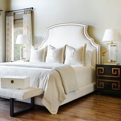 You can cut your headboard to any shape or style using a jigsaw. Bear in mind that when wrapping fabric around corners you need to allow for small pleats to take up excess fabric. - See more at: http://www.home-dzine.co.za/bedroom/bedroom-upholstered-headboard-ideas.htm#sthash.SQxGWMYl.dpuf