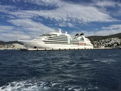 Seabourn Cruise Tips ten things you should know about cruising with Seabourn Sojourn http://www.tipsfortravellers.com/must-know-about-seabourn-cruises/ #seabournsojourn @seabourncruise