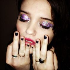 We are so trying out #SkyFerreria's maje glitter eye look this weekend.