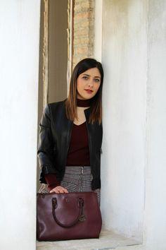La Borsa di Martina: Burgundy, come indossare il colore moda del moment...