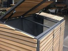 FMH: Garbage housings, FMH metal construction and timber construction, Stuttgart / Fellbach Recycling Bin Storage, Bin Shed, Garbage Shed, Carport Designs, Outside Storage, Wood Planters, Outdoor Sheds, Outdoor Living, Outdoor Decor