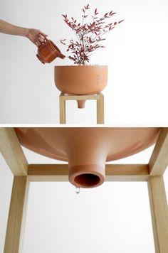 Vases Decor, Plant Decor, Ceramic Planters, Planter Pots, Ceramic Pottery, Ceramic Art, Advanced Ceramics, Diy Plant Stand, Shop Interior Design
