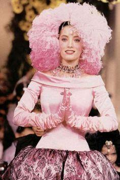 Lucie de la Falaise @ Yves Saint Laurent F/W 1990 Haute Couture
