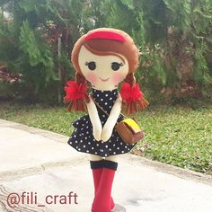 😙😙😙😙 #handmade #handmadedoll #fabricdoll #clothdoll #felt #flanel #dollmaker #dollmaking #boneca #boneka #jualboneka #bonekalucu #bonekaunik #bonekakain #softtoy #craftproject #sewingproject #cute #gift #doll #dolldesign #dollpattern #customorder #custommade #filicraft #skirt #handbag #scarf #shawl #taslucu