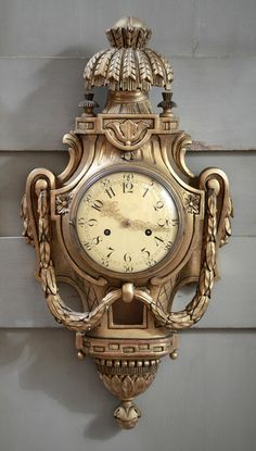 Antique Neoclassical Giltwood Wall Clock--looks like a door-knocker! Antique Mantel Clocks, Neoclassical, Door Knockers, Louis Xvi, Antique Furniture, Accent Decor, Carving, Hand Painted, Wall Clocks