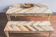 Handmade Chevron Table and Bench reclaimed by LBHcozycreation kierrätyspenkki puupenkki puinen pöytä kierrätys kierrätetty puu