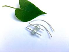 Modern minimalist pearl & silver threader earrings, 925 silver jewelry gift for her under 25, mom grandma gift, unique…