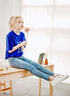 The Basic Principles Of Making Use Of Solar Power At Home - Solar energy clean Kpop Girl Groups, Korean Girl Groups, Kpop Girls, K Pop, Mamamoo Kpop, Mamamoo Album, Outfits Fiesta, Sun Solar, Solar Mamamoo