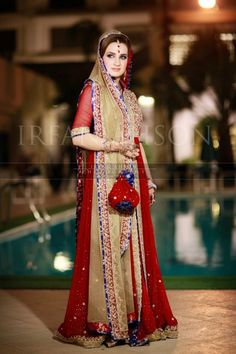 Irfan-Ahson-Pakistani-Wedding-Bridal-Outfit-134 width=
