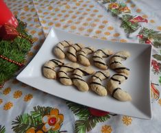 Fotorecept: Gaštanové rožky Stuffed Mushrooms, Vegetables, Food, Basket, Meal, Essen, Vegetable Recipes, Hoods, Meals
