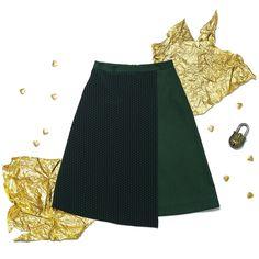 Потрясающая юбка-трапеция с запахом от #ViktoriaIrbaieva прекрасно вписывается в любой деловой гарберобНаши стилисты советуют сочетать ее с более обтягивающим верхом например с рубашкой или тонкой водолазкой