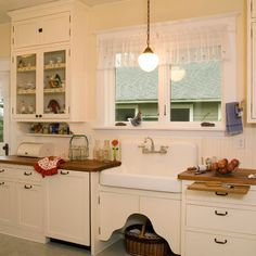 1920s Kitchen Design Ideas, Pictures, Remodel, and Decor