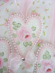 #Pink & green #shabby heart decorations!