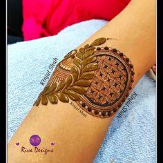Henna Designs On Paper, Peacock Mehndi Designs, Mehndi Designs Book, Legs Mehndi Design, Indian Mehndi Designs, Wedding Mehndi Designs, Mehndi Design Pictures, Mehndi Patterns, Henna Designs Easy