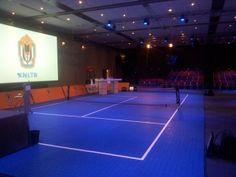 Op @Hotel Papendal kan het: een tennisbaan in de zaal voor je jaarcongres :)