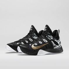 Nike Zoom HyperRev 2015 Men's Basketball Shoe. Nike Store. WANT THESE SO BAD!!