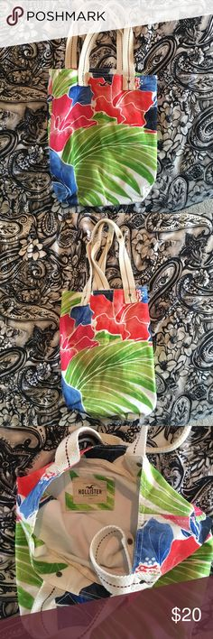 Hollister tote bag Barely used. No signs of wear. Not ready to part with it 😢 make an offer? Hollister Bags Totes
