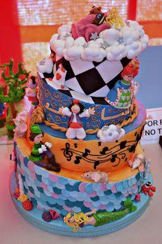 Tale fondant cake