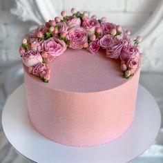 Wedding Cakes With Cupcakes, Cool Wedding Cakes, Cupcake Cakes, Gorgeous Cakes, Pretty Cakes, Amazing Cakes, Baby Girl Birthday Cake, Food Bouquet, Cakes For Women
