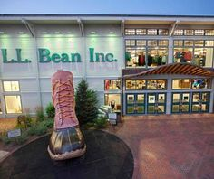 Been to this store It is incredible!-L.L. Bean, Freeport, Maine.