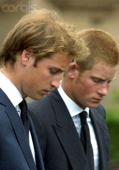 They LOOK like brothers here. Diana's Boys...