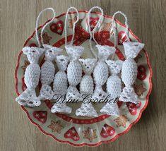 Crochet Gifts, Crochet Patterns, Christmas Ornaments, Holiday Decor, Crochet Christmas, Christmas Crochet Patterns, Christmas Baubles, Groomsmen, Garden Crafts
