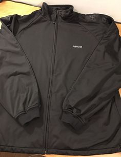 Men's Large Forum Professional Snowboarding Black Jacket Snowboard L EUC  | eBay