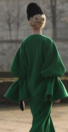 Ulyana Sergeenko coat with sleeve detail, Russia #contemporaryoldschool