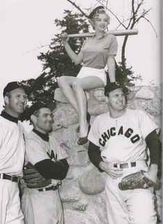 Marilyn with baseball players