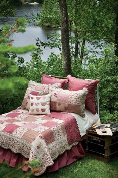 this is my fav kind of quilt . rag quilt I think it's called . but I know this colour will get the veto . wish it were in other colours Rag Quilt, Quilts, Duvet, Bedding, Outdoor Furniture, Outdoor Decor, Decoration, Biscotti, Projects To Try
