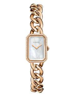 La Première or beige de Chanel