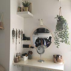 #white #room #wall #diy #plant