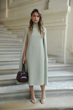 Miroslava Duma wearing a Valentino dress from the Fall/Winter Collection to the Valentino Haute Couture Fall/Winter 2016 - 2017 Fashion Show on July Mother of the bride dress Cape Dress, Dress Up, Modest Fashion, Fashion Dresses, Look Street Style, Valentino Dress, Mint Dress, Green Dress, Looks Chic