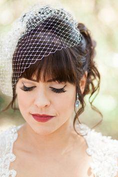 The classic bride's makeup look
