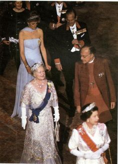 Queen Elizabeth, The Queen Mother, Prince Philip and Princess Diana i wonder if this is the same gown she wore to Cannes film festival
